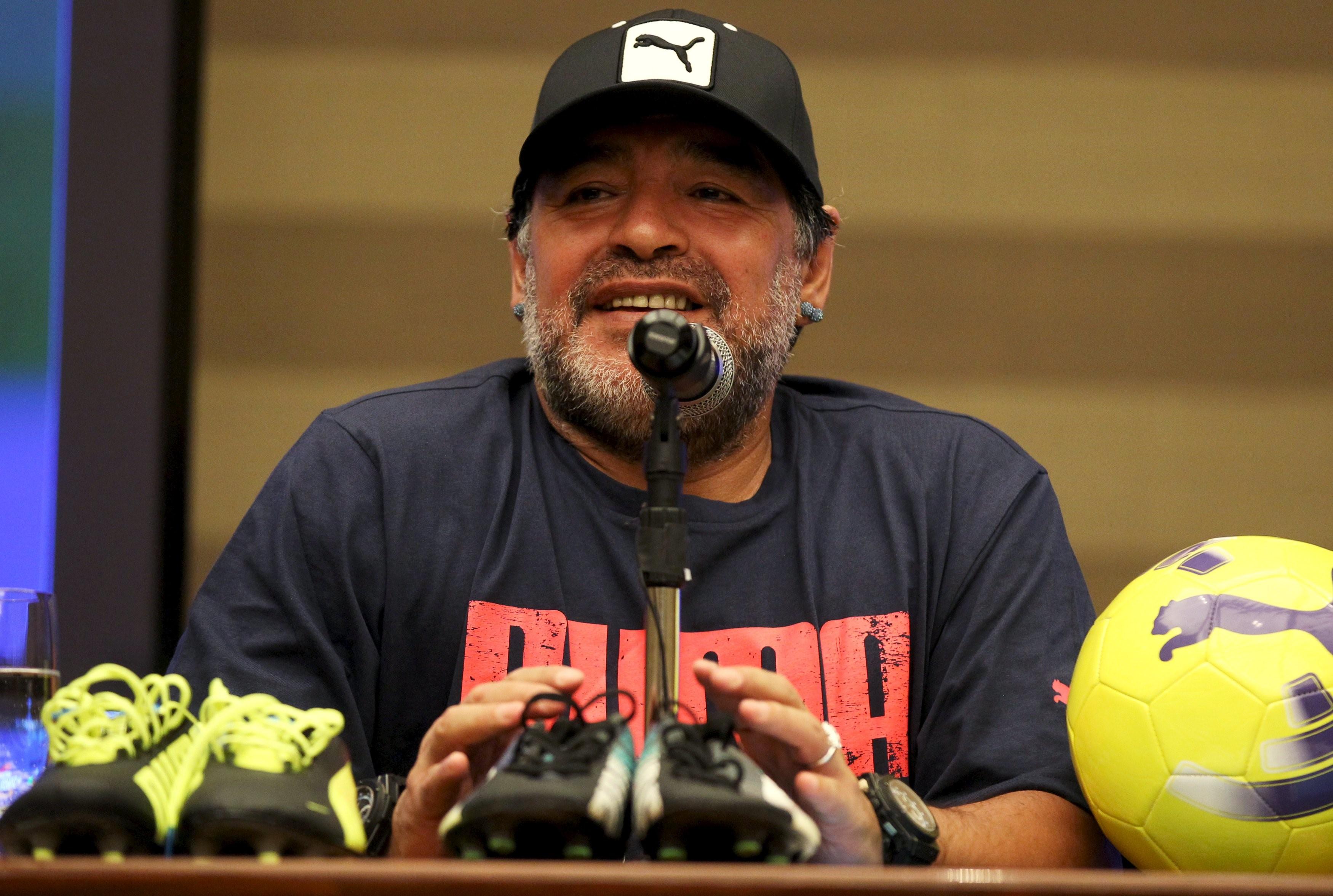 Maradona desea formar una Comisión de Futbolistas dentro de la FIFA